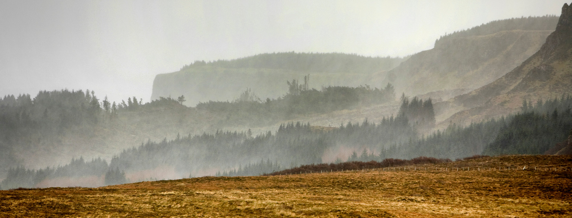 Mist in the cliffs of Beinn an Sguirr
