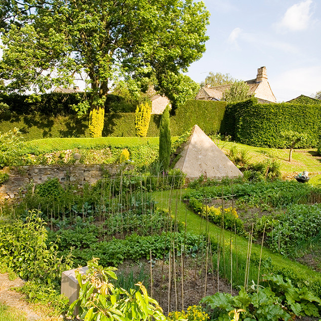 Clearbeck Vegetable garden and pyramid
