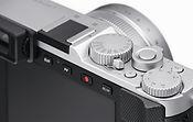 【新聞圖片3】全新徠卡D-Lux7相機裝載124萬像素的3英寸LCD觸控式螢幕.