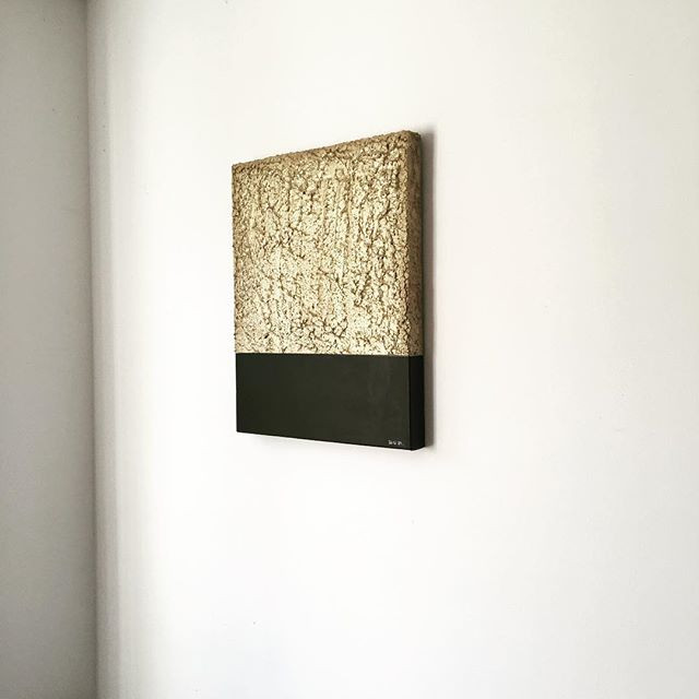 Sculpture on canvas_40x50_2019.jpg