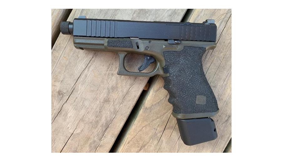 Custom Two Tone Stippling Glock Gen 3