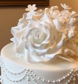 White roses 2.jpg