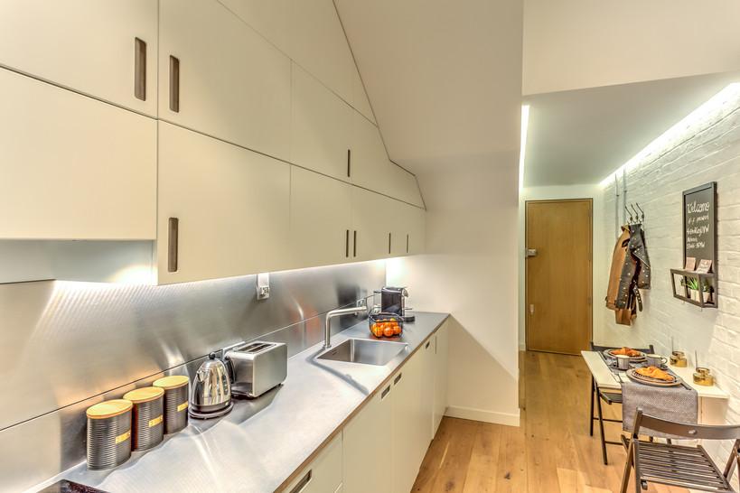 96GR-Kitchen-Hall-View.jpg