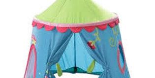 Scalloped Flower Tent