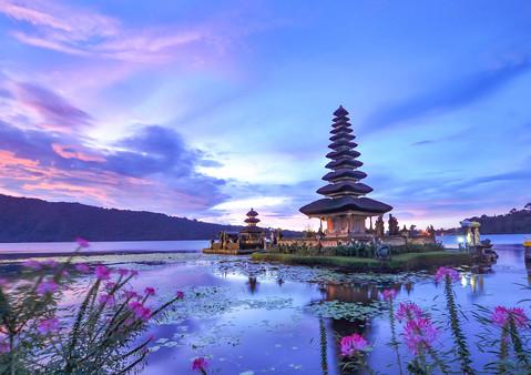 Ulun Danu Beratan Temple Beratan Lake Ba