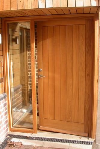 Front-Door-Sidelight.png