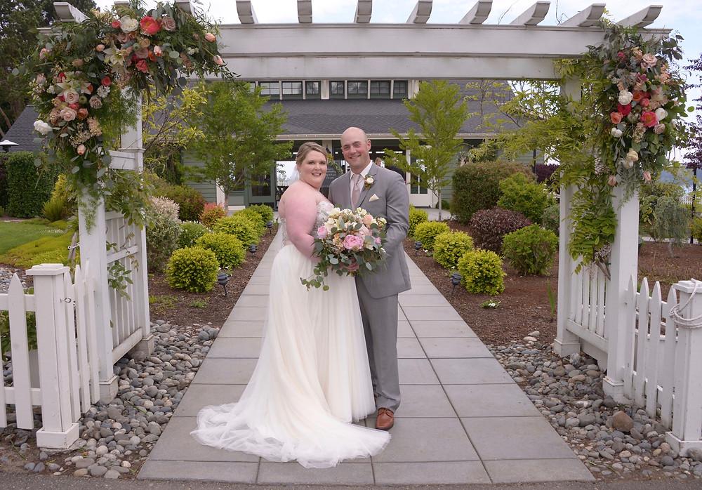 Hood Canal Vista Pavilion, Bride, Groom