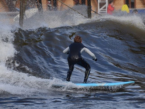 SURFING THE ADVANCED WAVE