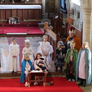 Family Nativity 2019