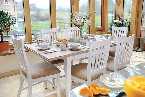 Ludlow Extending Table 6 x Chairs