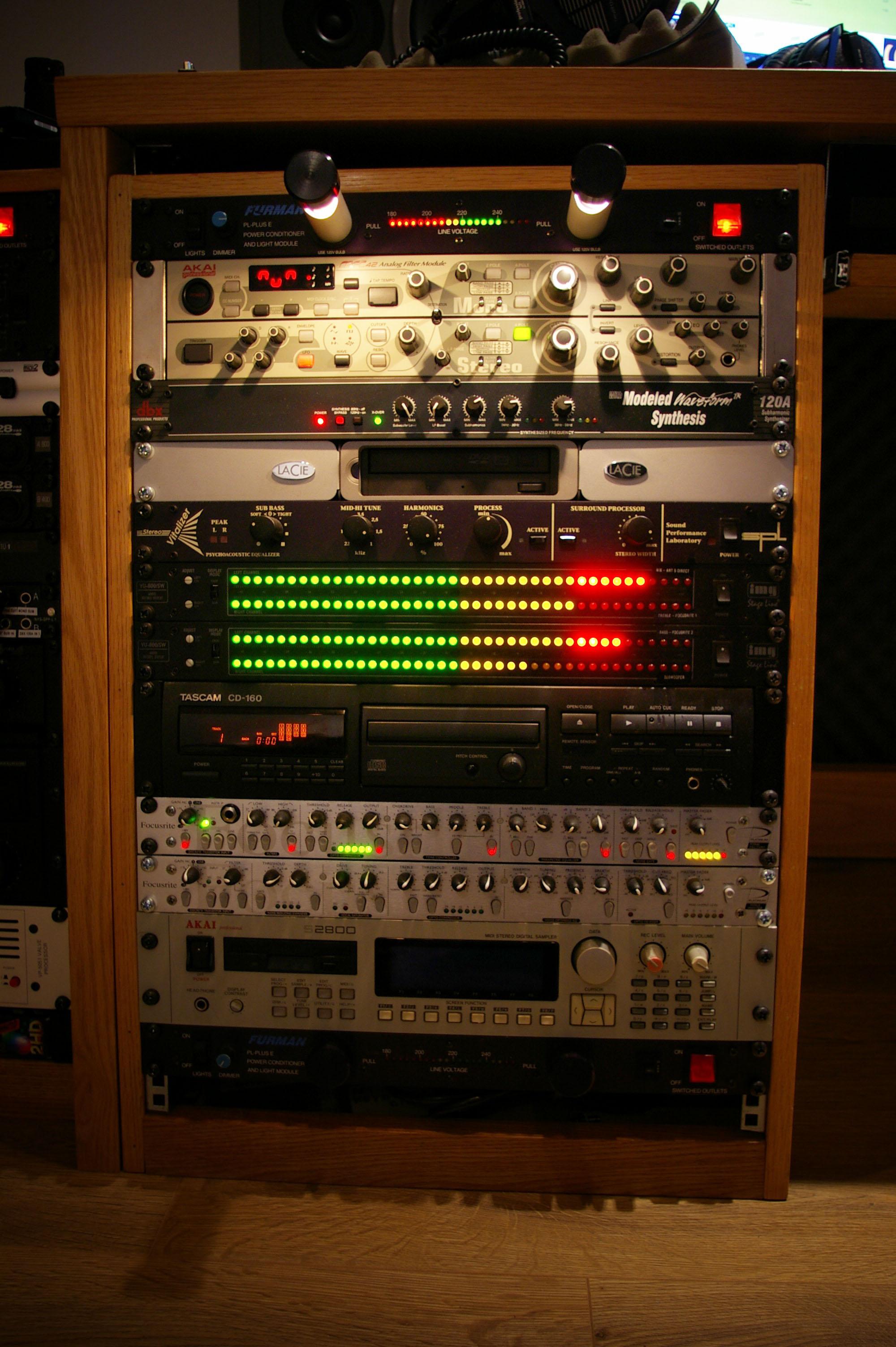Studio Rack Gear 2