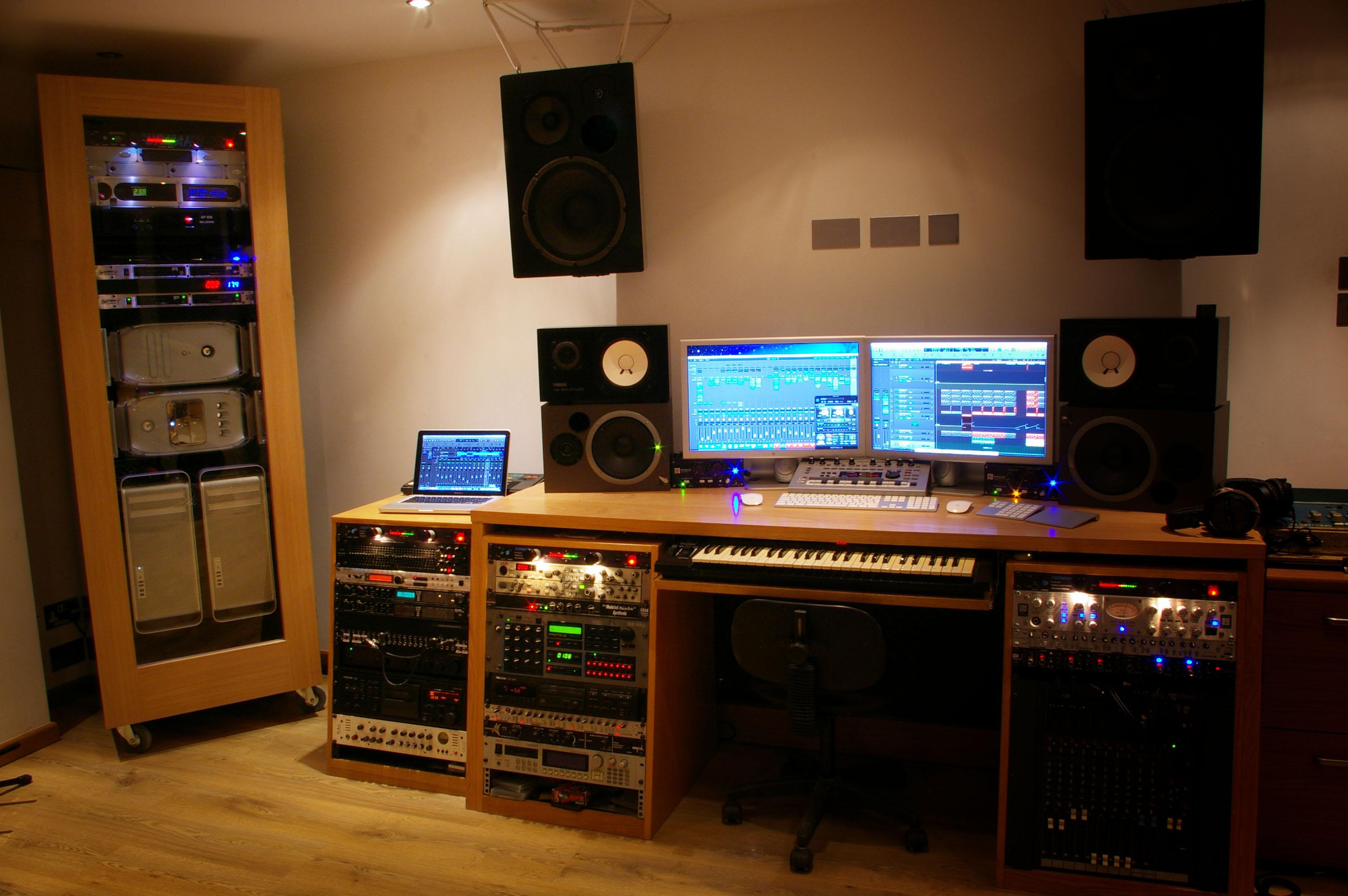 Mike Freschezza Studio 1