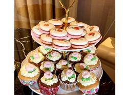 Macarons and Cupcake