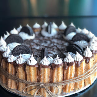 Cookies n' Cream Churro Cake