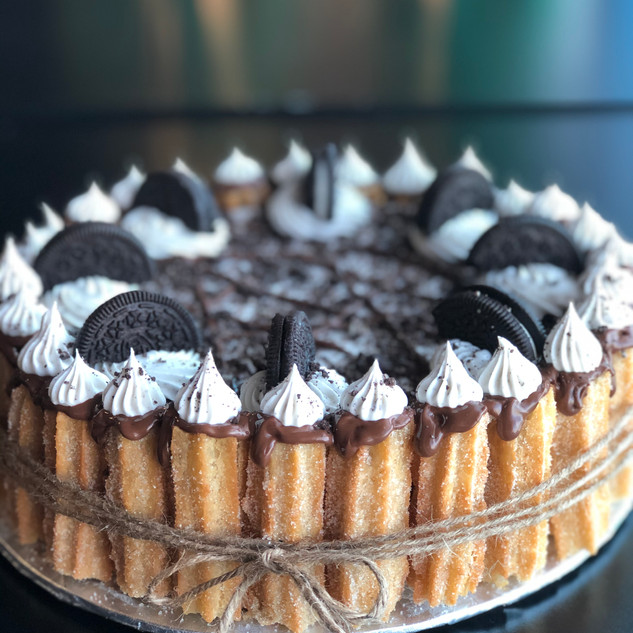 cookies n cream churro cake
