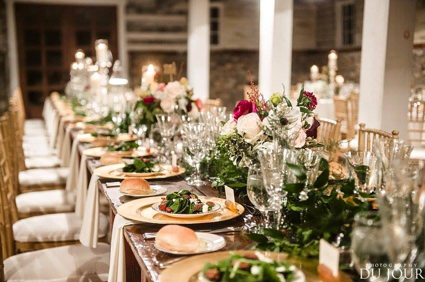table set_wedding_Barns