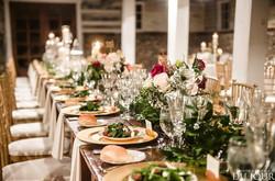 table set_wedding_Barns