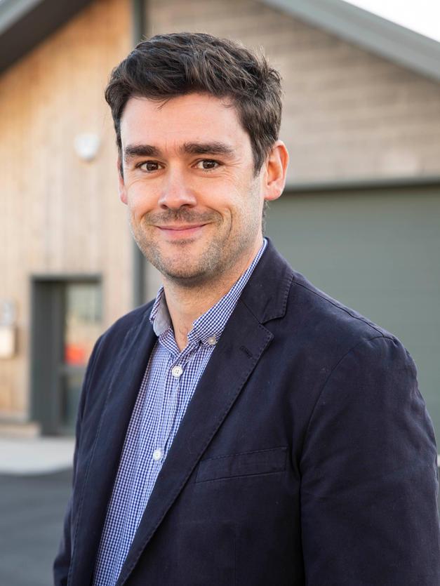 Lee Buchanan | Director