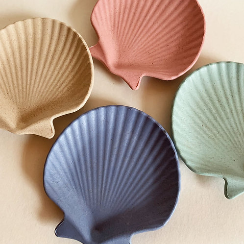 Small Shell Trinket Dishes