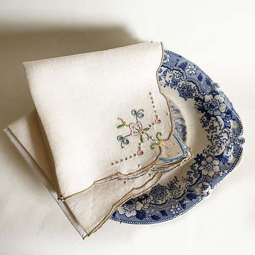 6 x Small Vintage Embroidered Napkins