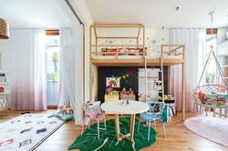 brinquedoteca e quarto integrados de irmas gêmeas