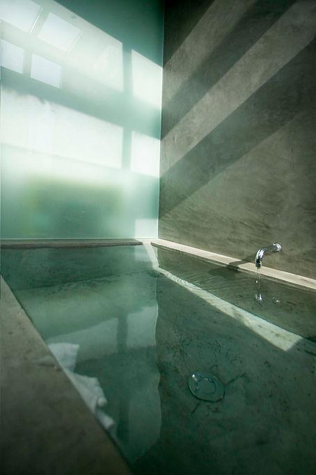 modern bath tub by Davis Hertz