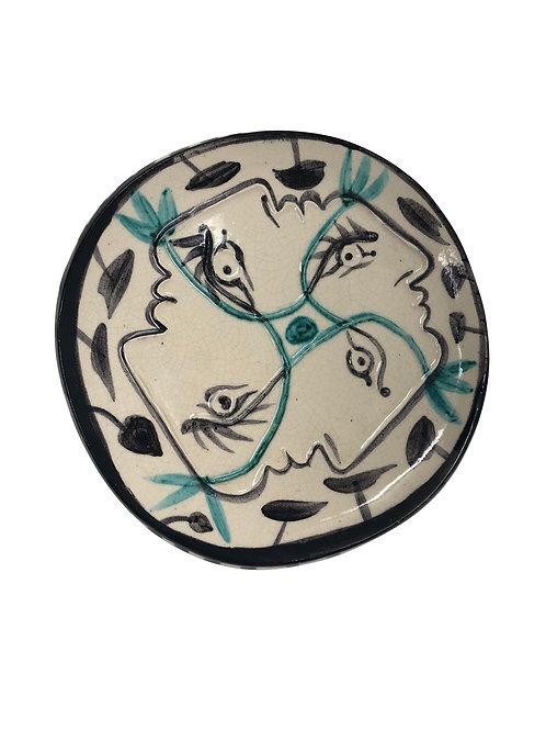 Pablo Picasso Ceramic Plate - Quatre profils enlacés, Ramié 87