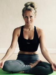 YogaHelle - bliv naturlig fit med yoga i Ry