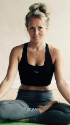 YogaHelle - dyrk yoga i Ry