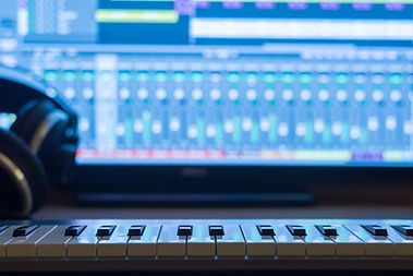Westgate Music School offers Computer Music Production classes. We offer a 20% discount on Computer Music Production Classes when bundled with guitar lessons, bass lessons, piano lessons, vocal lessons, or drum lessons. Call (708) 586-7002 to find out more.