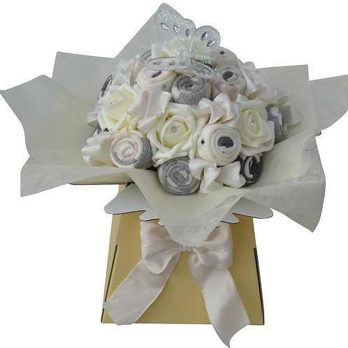 Ladies Cream Sock Bouquet