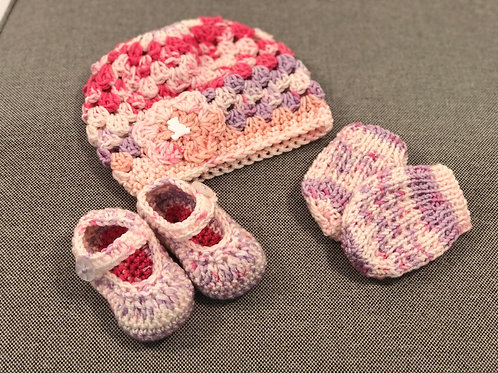 Baby Hat, Mittens & Shoes lilac