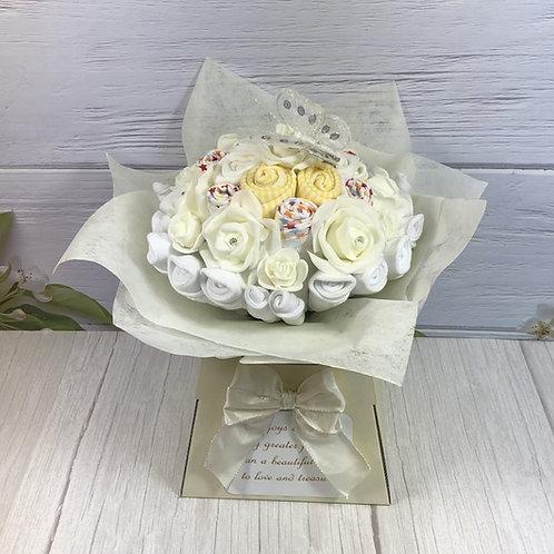 Neutral Sunshine Baby Bouquet