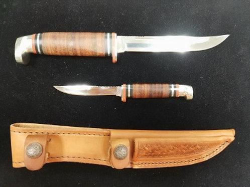 Twin Finn Hunter w/ Leather Sheath
