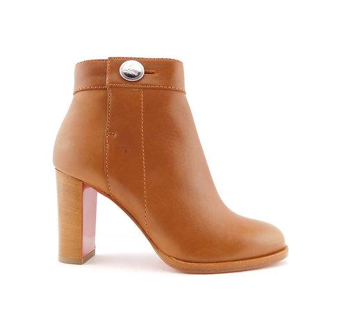 CHRISTIAN LOUBOUTIN Size 5 JANIS BUTTON Tan Ankle Boots 35 Eur