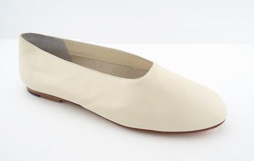 VINCE Ivory Leather Slip-on Ballet Flats 8.5