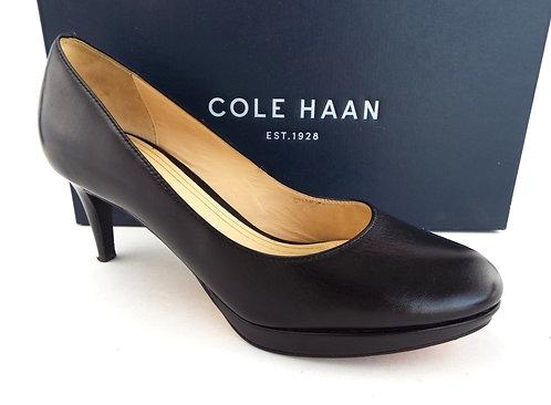 COLE HAAN Black Leather Nike Air Pump 6