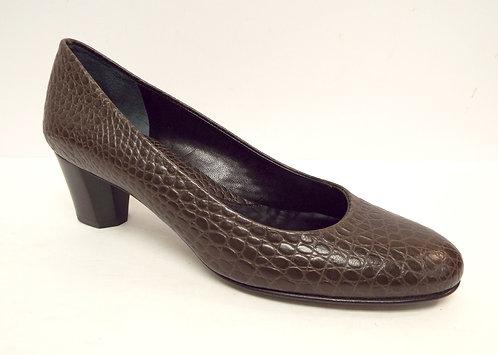 AMALFI Rangoni Size 8 Taupe Alligator Print Leather Heel Pumps S