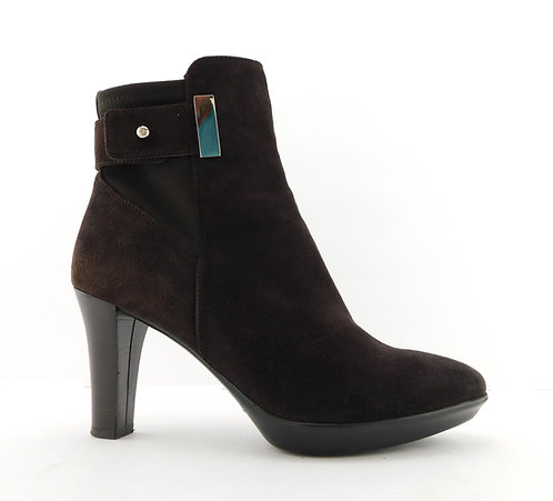 AQUATALIA Brown Rouge Suede Leather Heeled Booties 6.5