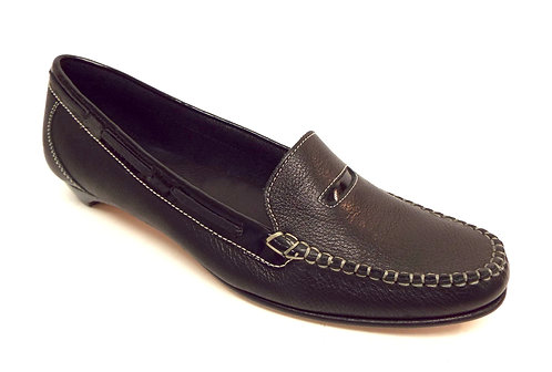 COLE HAAN Black Pebble Grain Leather Loafer