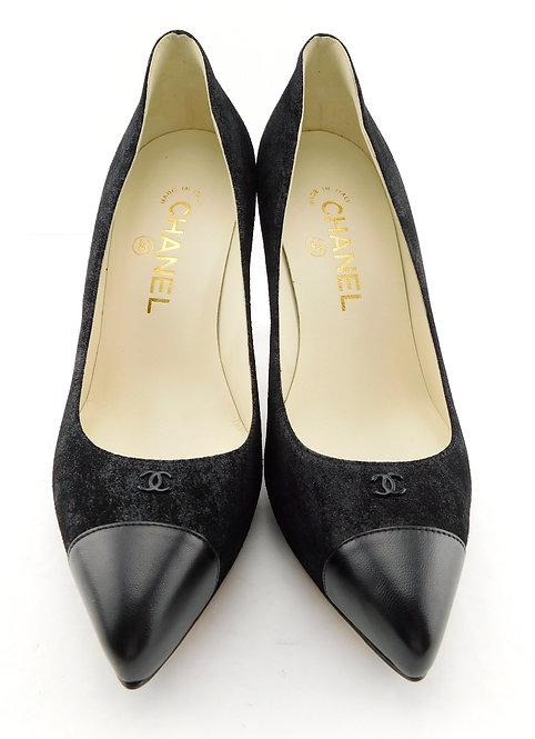 CHANEL CC Logo Black Classic Pumps Heels 37