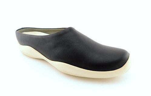 PRADA Black Leather Flat Loafer Mules 38.5