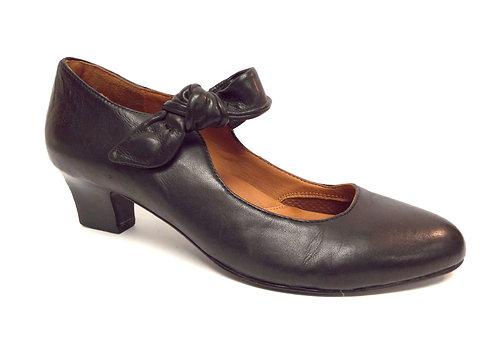 GENTLE SOULS GRAPEVIINE Black Leather Mary Jane Pump 10