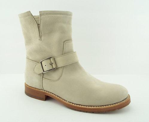 FRYE Ivory Nubuck Leather Engineer Boots 9.5