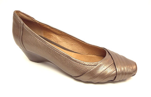 CLARKS Artisan Gold Leather Ballet Flat
