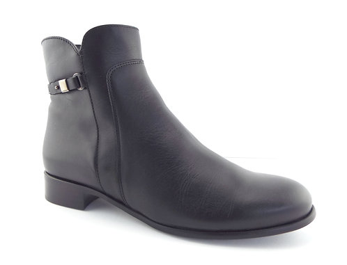 La Canadienne Black Weatherproof Booties 11