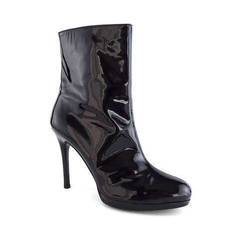 STUART WEITZMAN APOLLO Black Patent High Ankle Boot 8.5