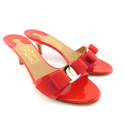 FERRAGAMO Size 8 GLORY Poppy Red Vara Bow Slide Heels Sandals Shoes