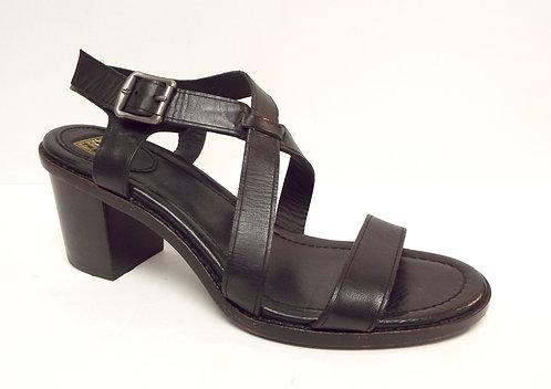 FRYE Company Black Criss Cross Sandal 8.5