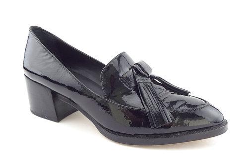 REBECCA MINKOFF Black Patent Tassel Loafers Pumps 5.5